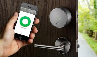 La importancia de tener código PIN  en un cerrojo inteligente para desbloquear nuestra puerta con los asistentes virtuales