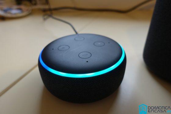 ¿Cómo activo el modo susurro en Alexa?