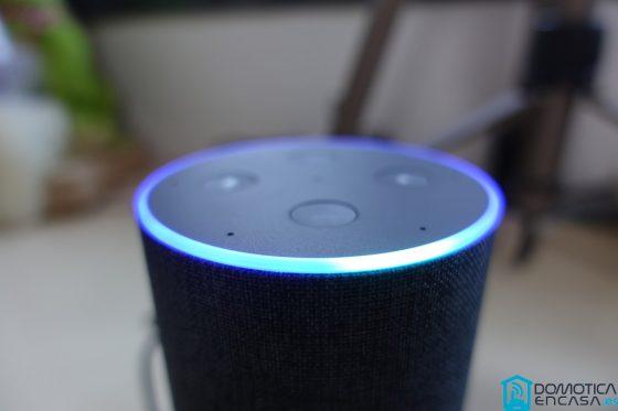 Miles de trabajadores en Amazon escuchan los comandos que damos a Alexa