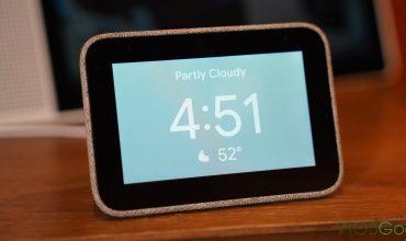 El reloj de mesita, Lenovo Smart Clock listo para su reserva (en Estados Unidos)