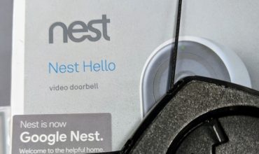 Caja Google Nest Hello marca