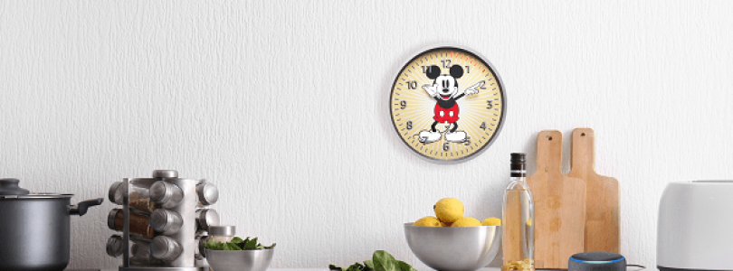 Echo Wall Clock versión con Mickey Mouse
