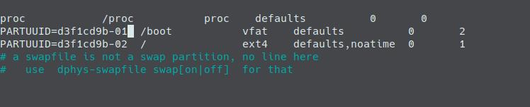 fstab con el boot y root desde el USB