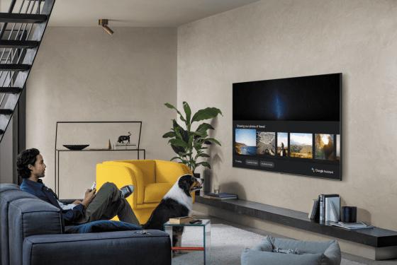Google Assistant vendrá de forma nativa en las Smart TV de Samsung de 2020 y en algunos Fitbit
